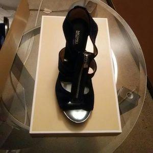 Michael Kors Blue summer velvet T strap sandals